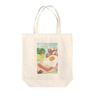 プティと朝食 Tote bags