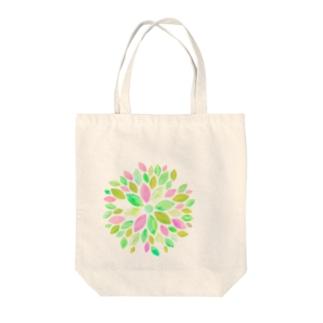 おおきめお花っぽいグリーン Tote bags