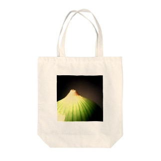 アート的 玉ねぎ Tote bags