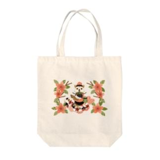 梟と鯉/An owl and a carp Tote bags