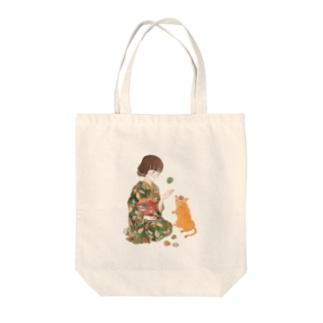お手玉猫 Tote bags