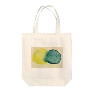 あおちゃんときいろくん Tote bags