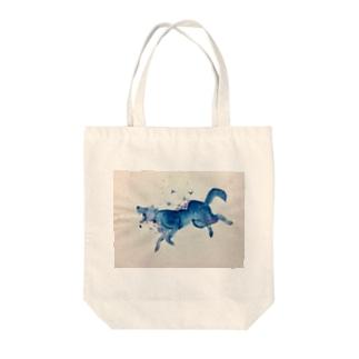 ガラスのオオカミ Tote bags
