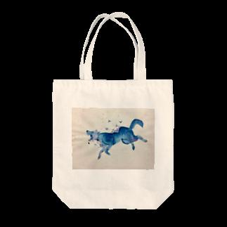 BTOKのガラスのオオカミ Tote bags