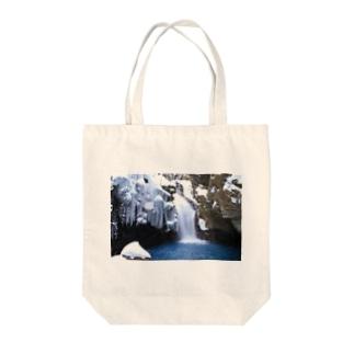 冬の世界 Tote bags