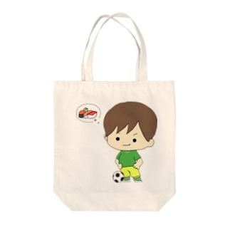 サッカー少年 Tote bags