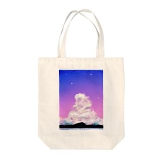 夢みたいな雲 Tote bags