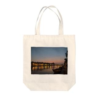 ホイアントート Tote bags