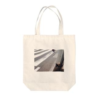 おいてけぼり Tote bags