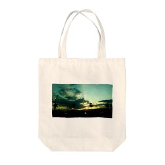 「誰そ彼刻に」 Tote bags