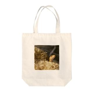 うちの琥珀さん Tote bags