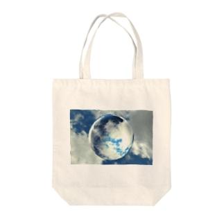 水球 Tote bags