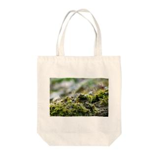苔むした Tote Bag