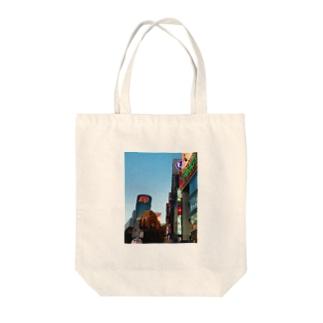 視覚聴覚が疲れる街、渋谷 Tote bags