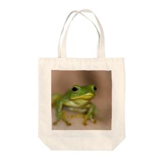 けろけろ Tote bags