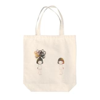 オンナノコチャン Tote bags