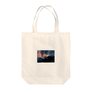 forest fire Tote bags