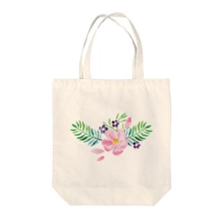 水彩気分の花柄 Tote bags