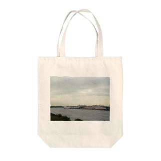 工場 Tote bags