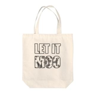 LET IT MOO Tote bags
