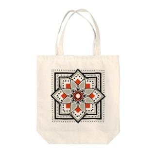 モロッカンに憧れるタイル柄・ブラック×オレンジ Tote bags