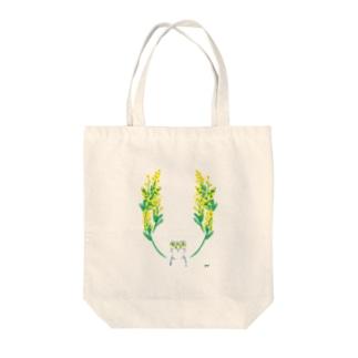 くまとミモザ Tote bags