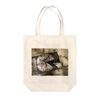 チョコケーキ Tote bags