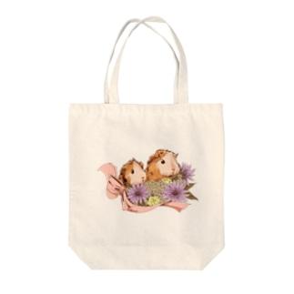お花とモルモット06 Tote bags
