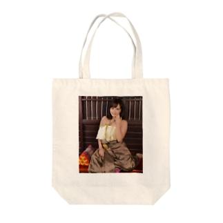 タイ伝統衣装えみとん Tote bags
