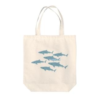 ジンベエザメ Tote bags