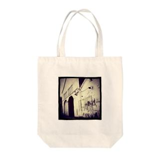 駅舎 Tote bags