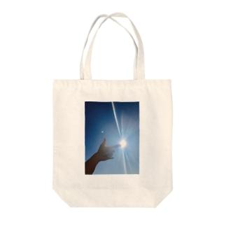 キラーん。 Tote bags
