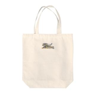 にぼしネコ Tote bags