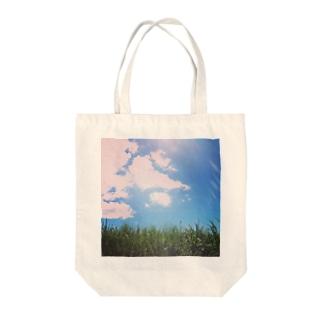 眩しさは自然の輝き。 Tote bags