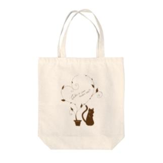Sweet Cat Tote bags