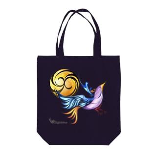 月と鳥 Tote bags