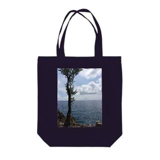 世界の風景:Sabang Tote bags