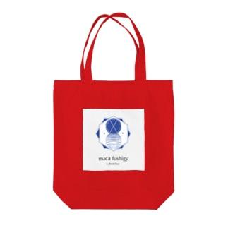 maca fushigy Tote bags