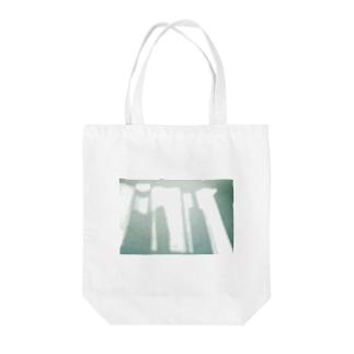 朝のひかり Tote bags