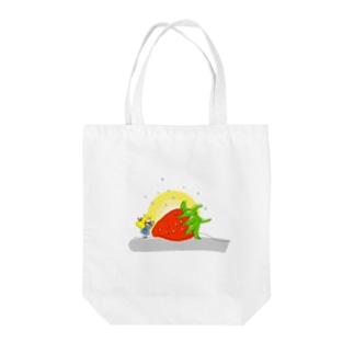 大きなイチゴと女の子 トートバッグ