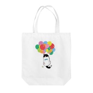 風船ねこ Tote bags