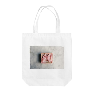 yaksok pink truth Tote bags