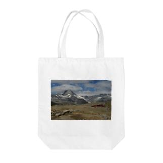 スイス山岳と電車のバッグ #002 Tote bags