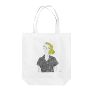 glass girl Tote bags