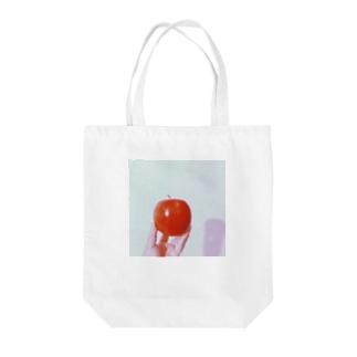 りんごと私 Tote bags