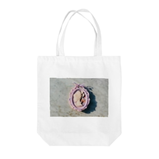 lady's profile 1 Tote bags