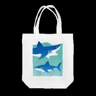 itaのLOVE SHARK Tote bags