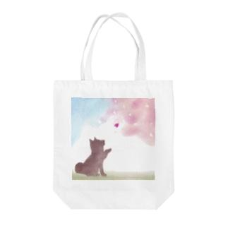 柴犬と桜 Tote bags