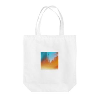 不覚2 Tote bags