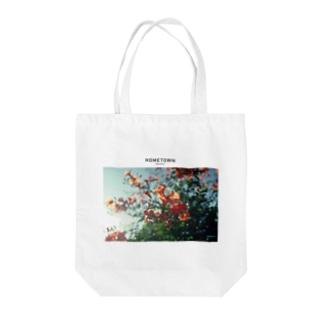 HOMETOWN_GALLERY Tote bags